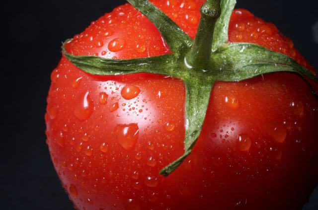 トマト缶は生トマトより3倍の栄養!「ホールトマト」「カットトマト」の使い分け|トマト缶のドリンクレシピ