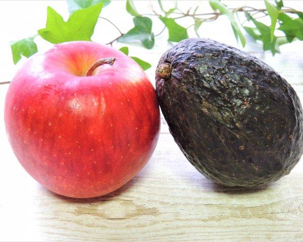 りんごとアボカド