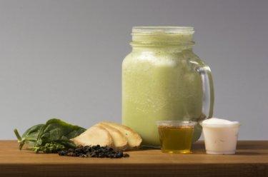 冬にもスムージーで冷え性対策!生姜効果で身体の芯から温まるスムージーレシピ